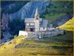 Eglise Saint-Michel -  Église Saint-Michel - Provence