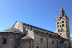 Eglise Notre-Dame (ancienne cathédrale) - French Wikimedian, software engineer, science writer, sportswriter, correspondent and radio personality