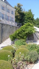 Domaine de Charance - English: Palace of Charance and the boxtrees terrace (Gap, Hautes-Alpes).