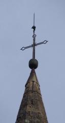 Eglise paroissiale Saint-Marcellin - Français:   Croix au sommet du clocher de l\'église Saint Marcellin à la Salle les Alpes