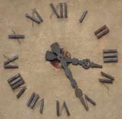Eglise paroissiale Saint-Marcellin - Français:   horloge du clocher de l\'église Saint Marcellin (la Salle les Alpes)