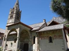 Eglise - Français:   Les Vigneaux - Église Saint-Laurent - Ensemble côté sud