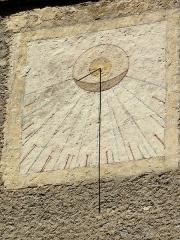 Eglise - Français:   Les Vigneaux - Église Saint-Laurent - Portail Réal: cadran solaire