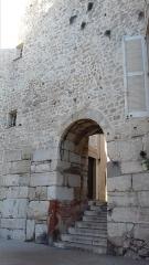 Enceinte gréco-romaine (restes) - English: Enceinte gréco-romaine d'Antibes