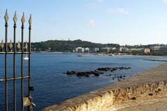 Remparts et demi-bastion 17 dit Fort Saint-André - English: Antibes - Avenue du Général Maizière - View South