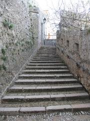 Fort, actuellement Musée de la Mer - English:   Access staires of the fort-Royal of the Sainte-Marguerite island (Alpes-Maritimes, France).