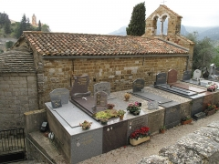 Chapelle Saint-Sébastien - English: The cemetery of Castellar (Alpes-Maritimes, France) and the San Sebastian chapel.
