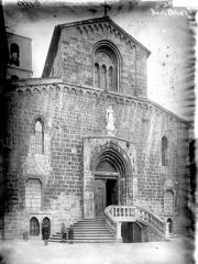 Cathédrale -  Façade ouest de la Cathédrale de Grasse (Alpes-Maritimes, France)
