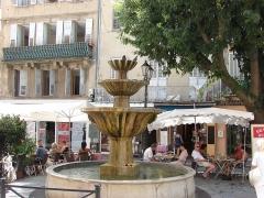 Fontaine publique -  Place aux Aires, Grasse, Provence-Alpes-Côte d'Azur, France