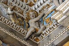Eglise Saint-Jacques-le-Majeur dite du Gésu - Français:   Angelot faisant partie du décor de l\'intérieur e l'Église Saint-Jacques-le-Majeur_Nice (Rue Droite dans le Vieux-Nice, Alpes-Maritimes, Sud de la France).