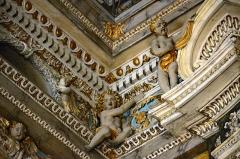 Eglise Saint-Jacques-le-Majeur dite du Gésu - Français:   Angelot faisant partie du décor de l\'intérieur de l'Église Saint-Jacques-le-Majeur_Nice (Rue Droite dans le Vieux-Nice, Alpes-Maritimes, Sud de la France).
