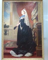 Musée Masséna - Nice (Alpes-Maritimes, France), sur la promenade des Anglais, la Villa (palais plutôt) Masséna, siège du musée du même nom. La reine Victoria par Heinrich von Angeli en 1885, réplique du portrait de 1885 conservé au château de Windsor, offerte par la reine au président Félix Faure.
