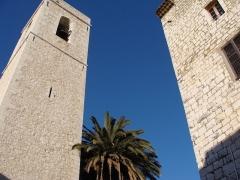 Eglise de la Conversion de Saint-Paul -  clochers à Saint-Paul de Vence