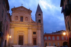 Eglise Saint-Michel - Deutsch: Kirche in sospel