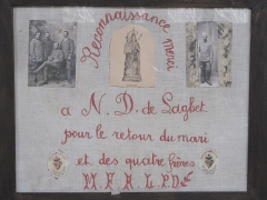 Sanctuaire de Laghet - English: Ex-votos in the church of Notre-Dame-de-Laghet (Alpes-Maritimes, France), for the safe return of a husband and his 4 brothers from World War I.