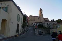 Eglise - Français:   Vue de La Turbie (France)