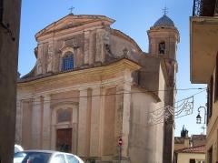 Eglise - Deutsch: La Turbie, Pfarrkirche Saint-Michel. Ansicht von Norden.