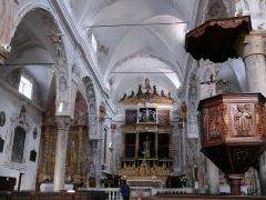 Eglise Saint-Veran - Français:   Utelle - Église Saint-Véran - Nef