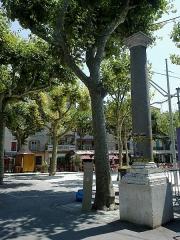 Colonnes romaines -  Vence Place Du Grand Jardin Colonne Romaine 11072015