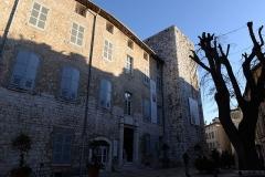 Remparts (vestiges des anciens) -  Remparts de Vence (Alpes-Maritimes) - La Tour