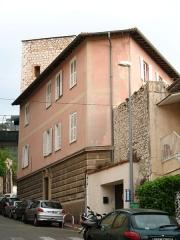 Tour dite Torre Vecchia et remparts (restes) - English: Torre Vecchia in Villefranche sur Mer - main view