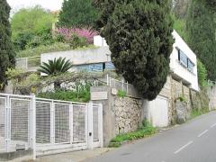 Villa Tempe a Pailla - English: Quartier de Bellevesasses in the heights of Menton (Alpes-Maritimes, France).
