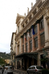 Opéra - English: Nice - Rue Saint-François de Paule - View ESE on Opéra de Nice