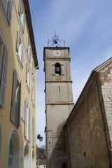 Eglise paroissiale Notre-Dame-de-l'Assomption -  ruelle vers l'église