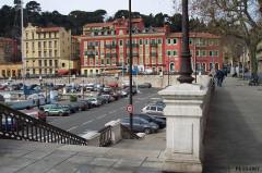 Ensemble concerté constitué au fond du port Lympia -  Nice-port   ruelle des Moulins