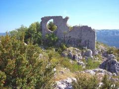 Castellaras de Thorenc - Français:   Ruines du village médiéval et de son château.