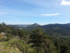 Castellaras de Thorenc - Français:   Le Castellaras vu depuis le Col de Bleine   Vue des ruines du village fortifié de Castellaras situé sur la commune d\'Andon dans le Parc naturel régional des Préalpes d\'Azur en France.