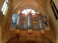 Eglise Saint-Jean-de-Malte -  Orgue contemporain avec 2 volets peints.