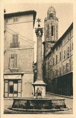 Fontaine des Augustins - Français:   Aix-en-Provence (Bouches-du-Rhône, France)
