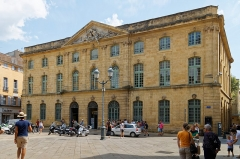 Halle aux grains - Deutsch: Halle aux grains in Aix-en-Provence, Nordseite