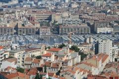 Hôtel de ville - Русский: Вид на Марсель от базилики Нотр-Дам-де-ла-Гард