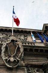Hôtel de ville -  Coat of arms and flag on Marseille city hall