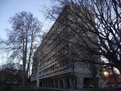 Unité d'habitation Le Corbusier dite Cité Radieuse -  Sainte-Anne | Boulevard Michelet Cité Radieuse - Unité d'habitation à Marseille Arch. Le Corbusier 1947-52 To see full set on Cité Radieuse: <a href=
