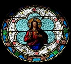 Eglise paroissiale Saint-Baudile - Deutsch: Bleiglasfenster in der Kirche Saint-Baudile in Noves, Darstellung: Herz Jesu