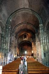 Eglise - Deutsch: Die Kirche Notre Dame de la Mer in Saintes-Maries-de-la-Mer (Frankreich).