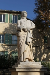 Eglise Saint-Laurent - English: Statue of Ezekiel near the collegiate church Saint-Laurent in Salon-de-Provence (Bouches-du-Rhône, France)