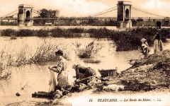 Pont ancien - English: Washerwomen of Beaucaire