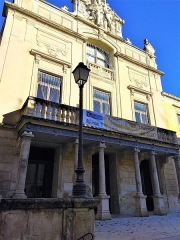 Théâtre municipal - English: Théâtre de Tarascon