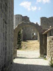 Remparts - Français:   Remparts de Bargème enceinte, porte