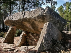 Dolmens n° 1 et 2 des Adrets - Français:   Brignoles Dolmen Adrets-1