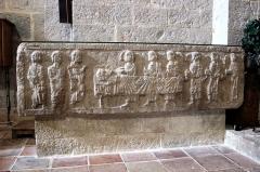 Abbaye -  Abbaye de La Celle, département du Var, France. Sarcophage dit tombe de Gersende de Sabran, comtesse de Provence (morte après 1225)