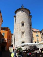 Chapelle Saint-Blaise dite Tour des Templiers - English: La Tour des Templiers - Hyeres2