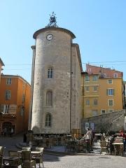 """Chapelle Saint-Blaise dite """"Tour des Templiers"""" - English: Tower of the Templars in Hyères (Var, France)."""