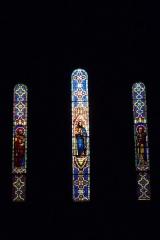 Eglise Saint-Louis - Deutsch: Bleiglasfenster in der Kirche Saint-Louis in Hyères, Darstellung: Jesus und?