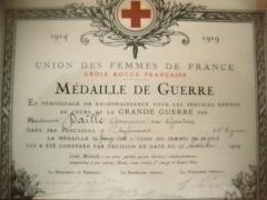 Propriété dite Le Plantier de Costebelle - English: Certificat croix rouge 1910