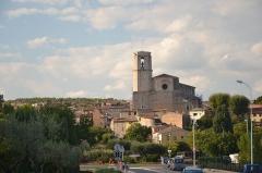 Eglise collégiale Saint-Martin - vue sur la Collégiale Saint-Martin de Lorgues